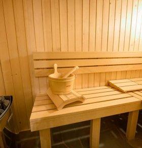 Basen, sauna i grota solna w Łabowskiej Chacie.
